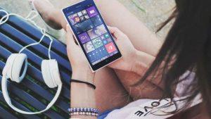 Galeri Smartphone Semakin Cantik Dengan Aplikasi Fish Bowl